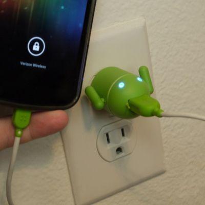 Android неправильно показывает заряд батареи